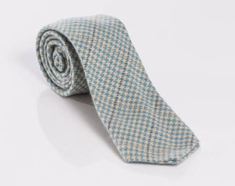"""The """"Hounds Fangs""""  Hounds-tooth Tie."""