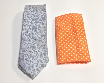 """The """"Tame Yet Paisley"""" Tie and Square Pack"""