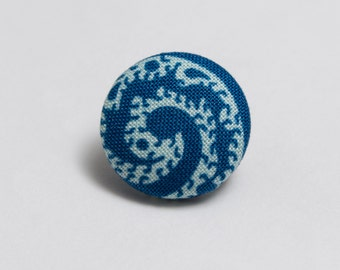 """Wipeout"" Paisley Lapel Button"