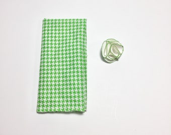 Green Square and Flower Pack