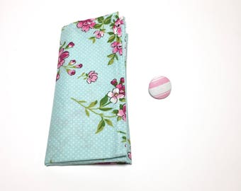 Floral Square and Button Pack