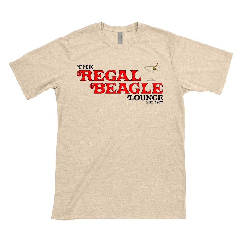 e02ecad30 THE REGAL BEAGLE T-shirt Three s Company John Ritter