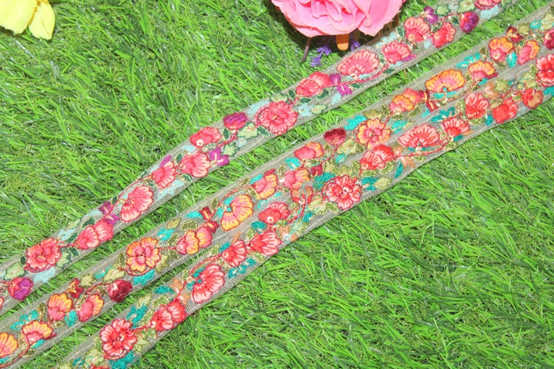 9Yard Wholesale Embroidery Embellishment Ribbon Saree Trim Embroidery Indian Border Fashion Costume Trimming Clothing  FT1293