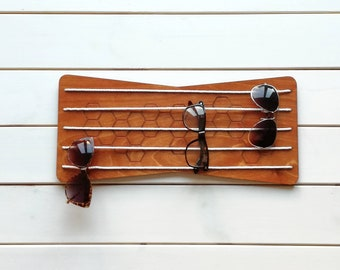 bfc5db68b84 wooden sunglasses holder for wall