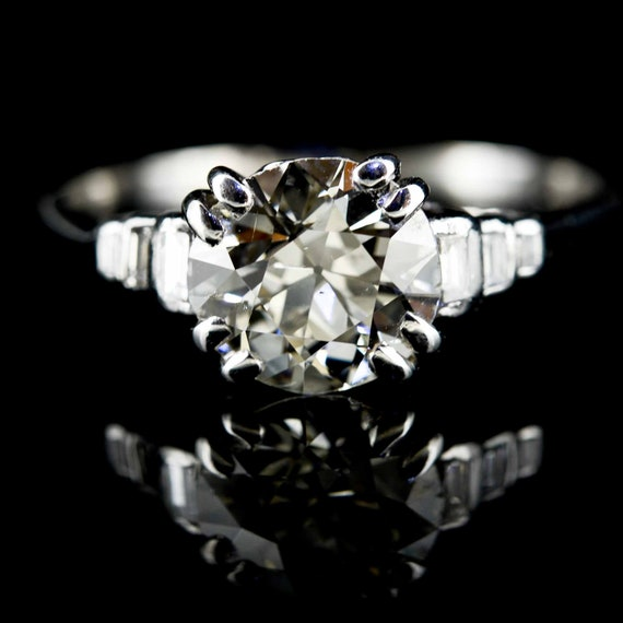 Art Deco Platinum & Diamond Ring|Platinum Diamond