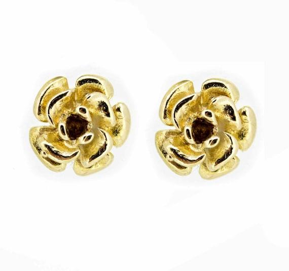 Vintage 9ct Flower Head Earrings,Yellow Gold Flowe