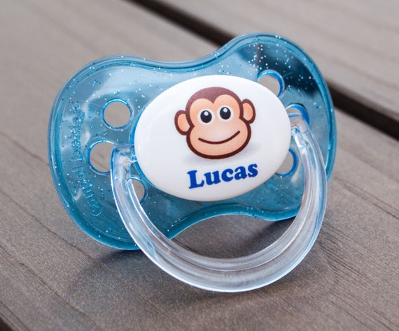 DINOSAUR ALL TEATS,SIZES /& COLOURS PERSONALISED DUMMY PACIFIER SOOTHER