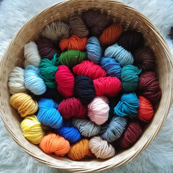 33 Colours of Pre-cut Virgin Wool 2.5 Inch 4 Ply Rug Wool Discount Coupon for Multiple Orders Available 2 Packages of Rug Hooking Yarn