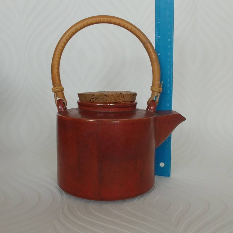 Cork Lid Made in Japan Red Clay Colour Stoneware Teapot by Takahashi Bamboo Cork and Stoneware 4 Cup Teapot Wabi Sabi Boho Chic Decor