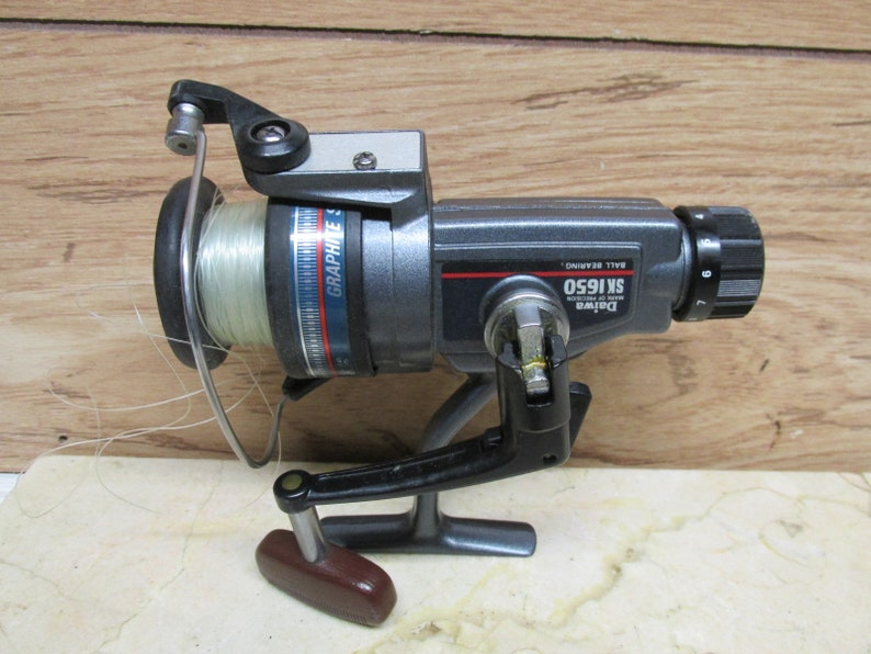 45a9bb1197e Daiwa SK 1650 Fishing Reel/One Touch Snap Off Spool | Etsy