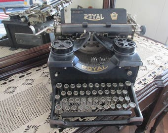 Royal 10 Typewriter/1930s Royal Typewriter