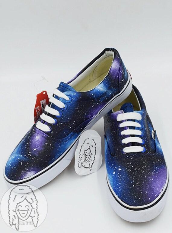 Heidelbeere Trauben Galaxy Schuhe gemalt Sneaker Schuhe Kostenloser Versand weltweit gemalt