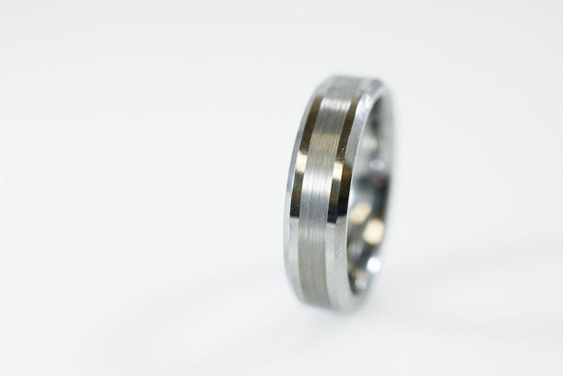 Bridal & Wedding Party Jewelry Sensible Titanium Ridged Edge 14k Yellow Inlay 8mm Brushed/ Wedding Ring Band Size 10.50 Carefully Selected Materials