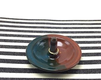 Ring holder, pottery ring holder, jewelry dish, ceramic ring holder, jewelry holder, green pottery, brown pottery, stoneware ring holder