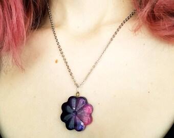 galaxy necklace, space necklace, galaxy jewelry, resin necklace, galaxy pendant, resin flower jewelry, resin pendant necklace