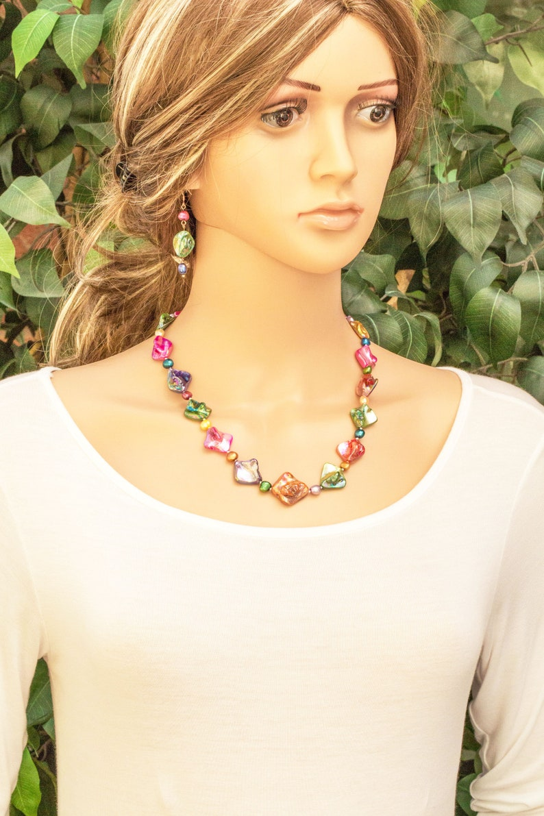 Colourful Big Bold Chunky Statement Necklace Set Hand Knotted Natural CulturedMother of Pearl Shell Unique Contemporary Handmade Jewelry