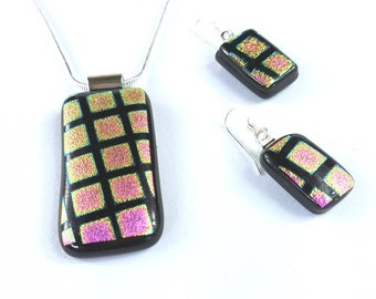 Sterling Silver Pink and Black Dichroic Fused Glass Pendant Necklace and Dangle Earring Jewellery Set. Pink Metallic Geometric Pattern