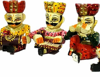 Handicrafts Showpiece Sitting Wooden Musician Bawla set of 5 Hand Painted Idol For Home Decor Gift Item-4 inch height of each idol Handmade)