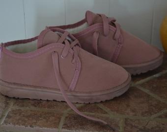 040a7144dffa Buckskin shoes   Etsy