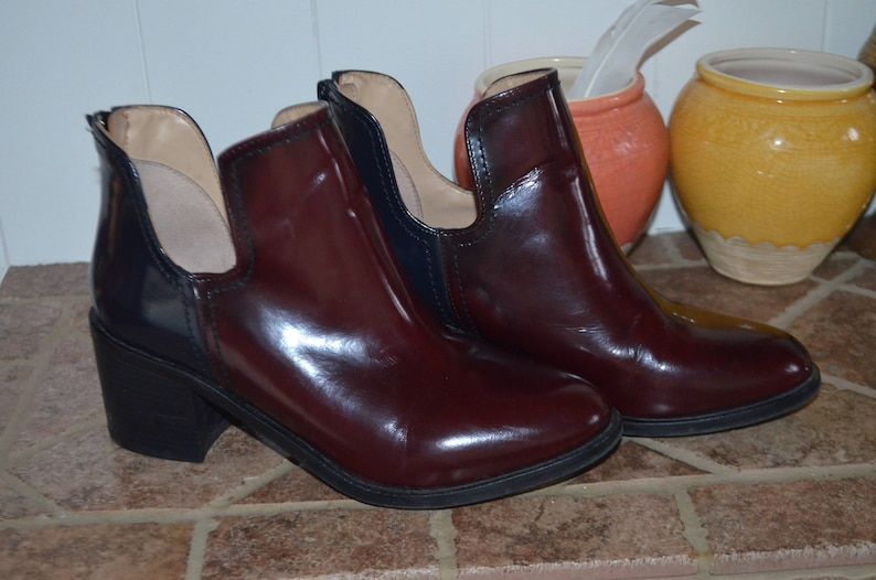 ac979a37d89b SALE Zara booties 90  type leather varnished   Burgundy