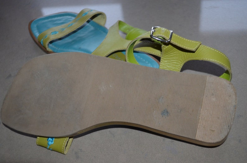US 8green leather sandals DISCOUNTED SHIPPING