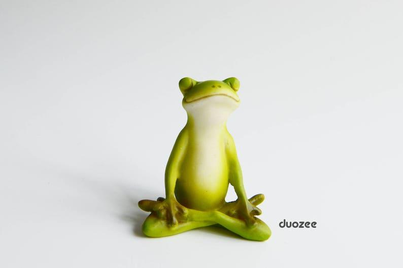 Miniatur Verzaubert Fee Garten Haus Frosch Figur Yoga Frosch Etsy