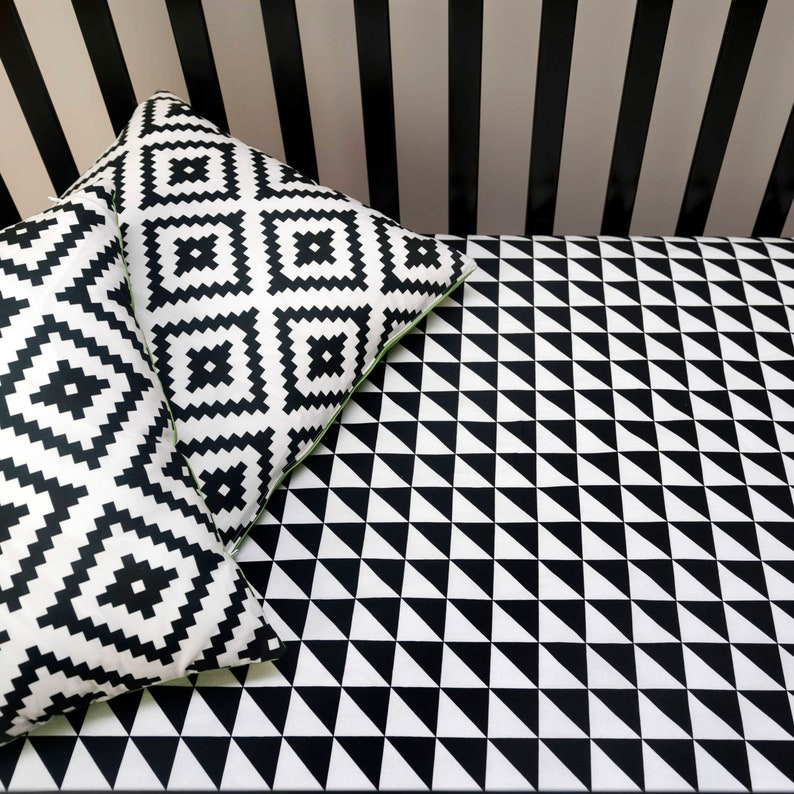17020c5830a1b TRIANGLE FITTED CRIB Sheet Black and White Geometric Baby | Etsy