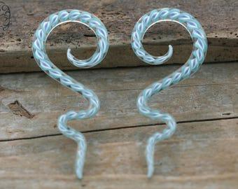 6g  Crystal Striped long Spirals