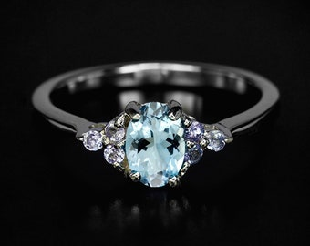 Blue aquamarine ring for women, March birthstone jewelry birthday gift for her, silver gemstone ring, engagement ring, anniversary gift