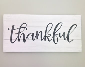 Thankful sign thankful wood sign rustic wood pallet sign grateful sign farmhouse sign shabby chic sign spiritual sign housewarming gift