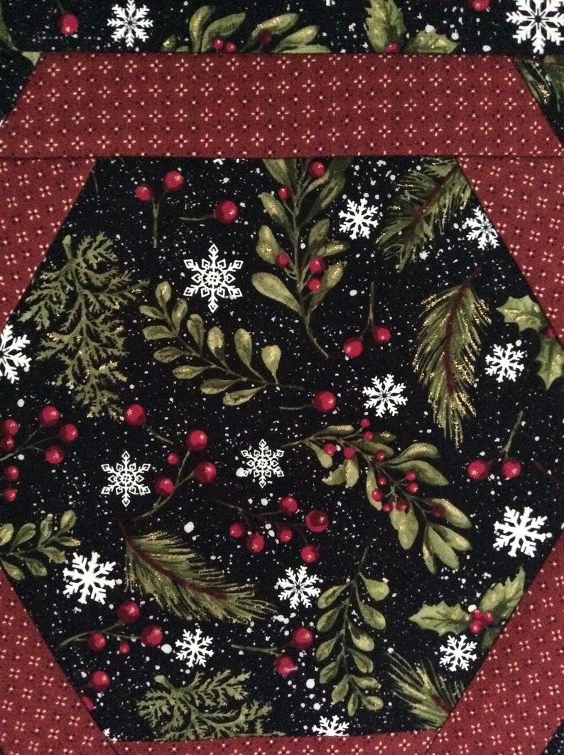 Hexagon Christmas table mat