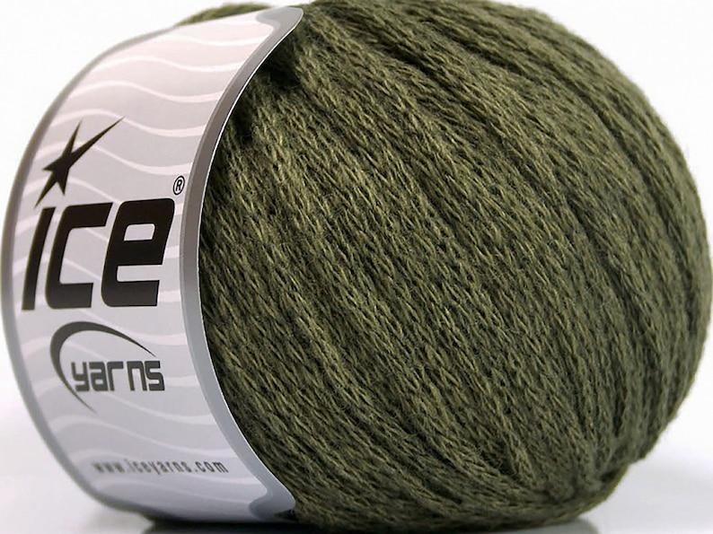 Value Pack Airwool Worsted Khaki Knitting Yarn 8 Balls Lot AW51475