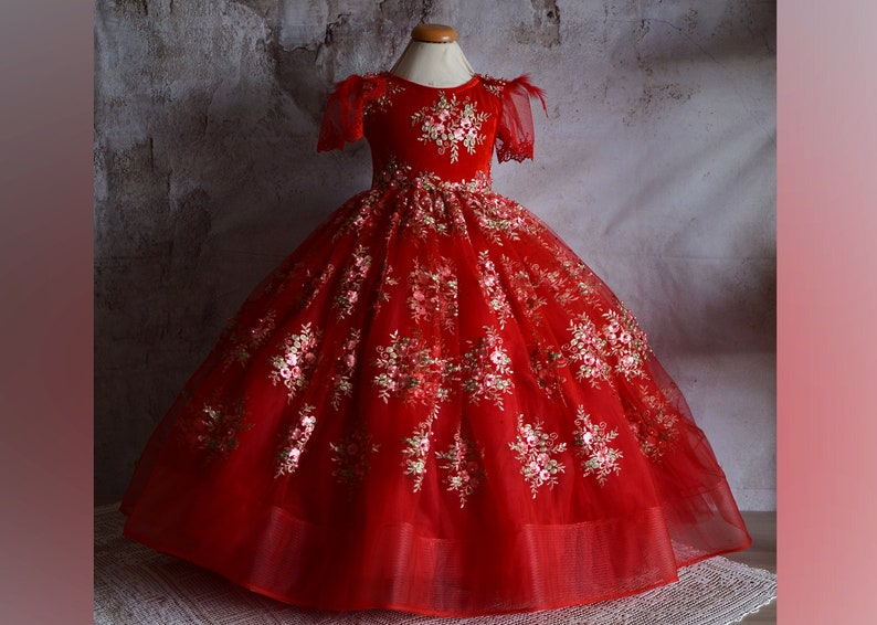 Vintage fairytale dress for girl Princess dress Girls Ball evening dress Belle Princess Gown Costume baroque style floral gown