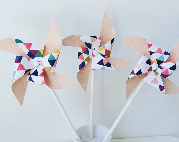 Windmill peach & triangle