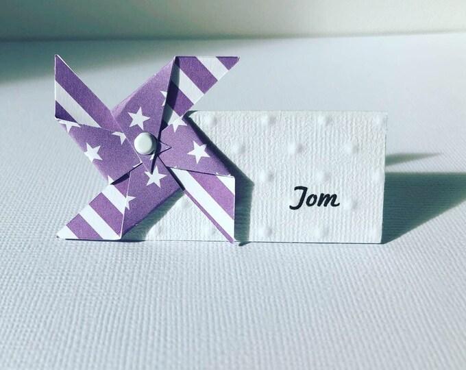 Marque place moulin à vent violet