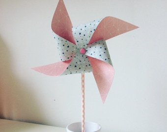Pink windmills and green medium stars and large model