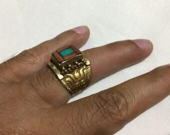 Men's Ring,Turquoise Ring Size 8 US,Intaglio Ring,Handcraft Ring,Engrave Ring,Vintage Ring,Brass Ring,Afghan Ring,Flower Ring,Animal Ring