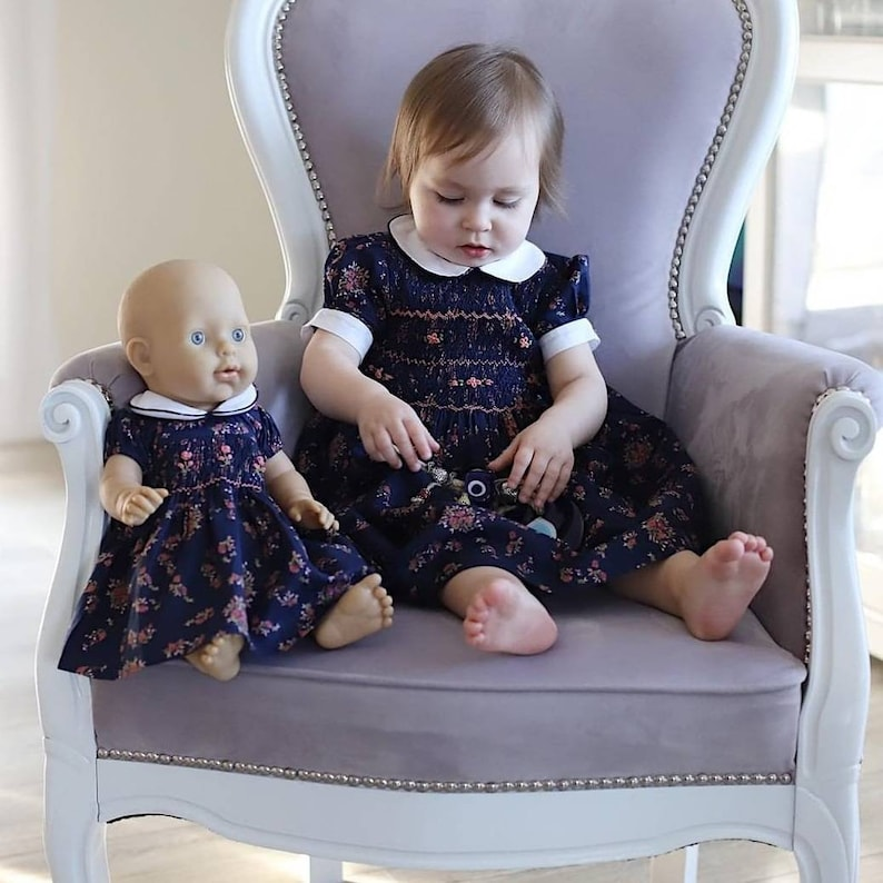 2 equal Dresses 1 for doll and 1 for girl