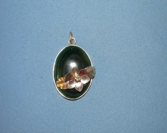"""SALE! Pendant """"Water Lily"""""""