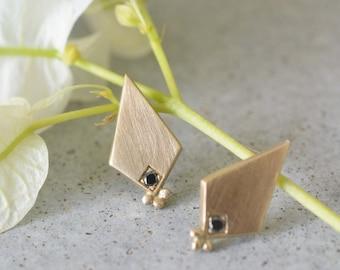 Black diamond stud earrings, gold diamond stud , geometric stud earrings, minimalist stud earrings, 14k solid stud earrings, black diamond
