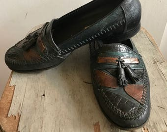 Vintage Womans Tassel Loafers