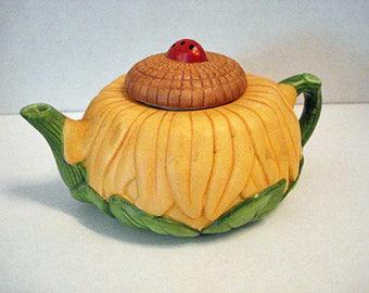 Avon Miniature Tea Pot 1995