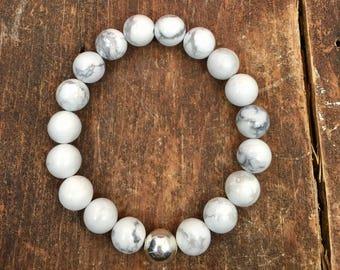 Howlite Bracelet. Beaded Bracelet. Women's Bracelet. Stretch Bracelet. Meditation Bracelet. Women's Gift. Yoga Bracelet. Howlite Jewelry.