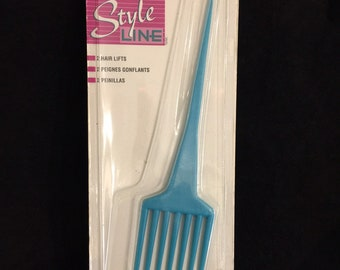HP603 Hair Pick    Turquoise and Aqua    4 12 inch long pick   1 inch wide flower