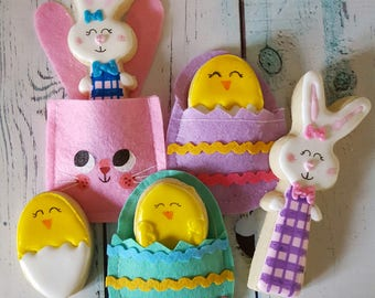 Bunnies & Chicks in Pouches