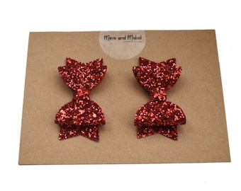 Red piggy bows - red pigtail bows - red piggie bows - pigtail clips - baby hair bows - baby hair clips - twin hair clips -  hair bows