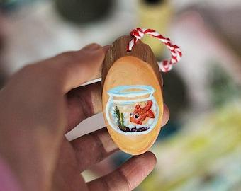 Goldfish Bowl, Wood Slice Mini Painting, Fish Pet Painting, Small Wood Slice Art, Fish Illustration, Goldfish Painting on Natural Wood