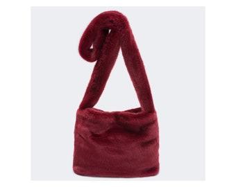 b576143b11 Faux Fur Crossbody - Crossbag Messenger bag - Fur Imitation by UNECHTA -  Shoulder Bag - Fur Bag - Fur Bag for women - Gift for her