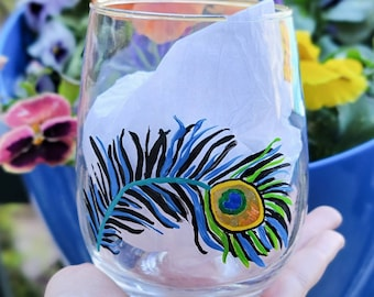 Peacock Wine Glass, Stemless Wine Glass, Wine Gifts for Women, Cute Gifts for Best Friend, Peacock Feather, Birthday Gift for Mom, Colorful