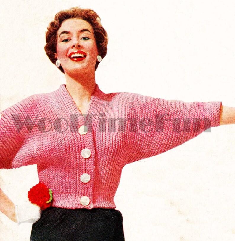 Crochet Pattern Lady/'s Classic 1950s Chunky V Neck Bat Wing Sleeve Cardigan.